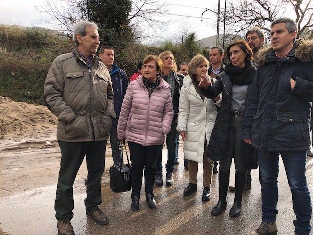 Pablo Zuloaga, la ministra María Luisa Carcedo y otras autoridades visitan zonas