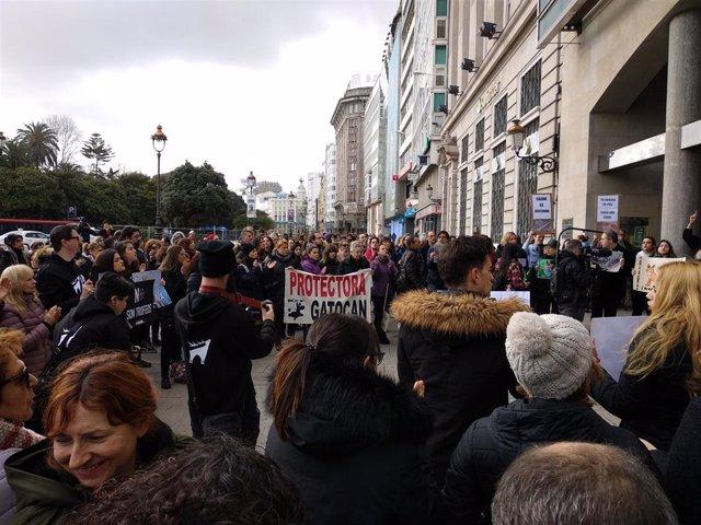Concentración en A Coruña contra la caza del zorro, organizada por Free Fox