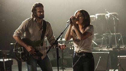 VÍDEO: Lady Gaga y Bradley Cooper cantan 'Shallow' en Las Vegas