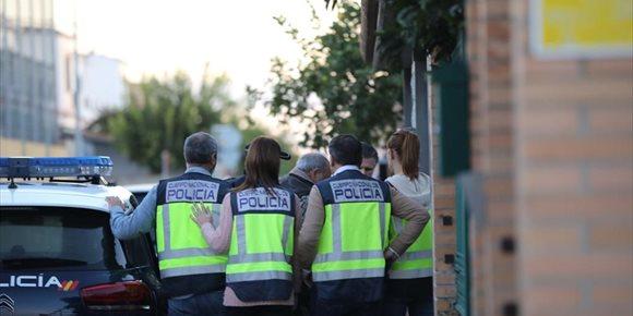1. Reconstruyen el presunto crimen machista de Dos Hermanas (Sevilla) para su investigación