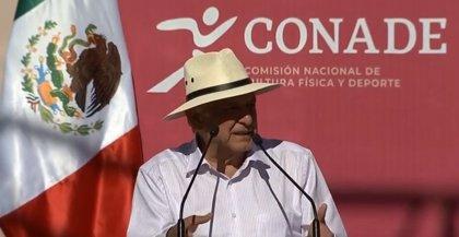 López Obrador apuesta por el béisbol y anuncia la creación de escuelas deportivas
