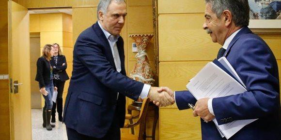 4. Gobierno y CEOE integrarán sus planes de crecimiento para Cantabria