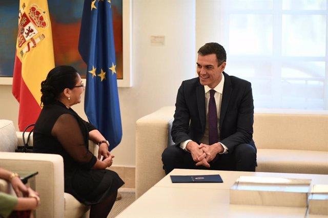 Reunión de Pedro Sánchez con la presidenta del Parlamento Centroamericano, Irma