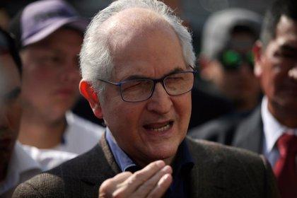 El ex alcalde de Caracas Antonio Ledezma pide a Italia que reconozca a Guaidó como presidente interino