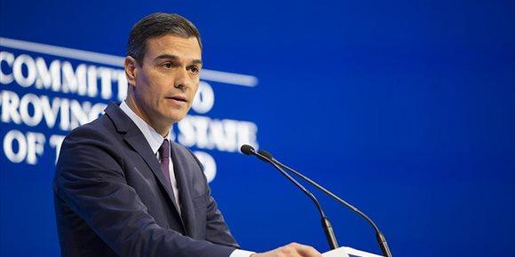 10. Bruselas advierte al Gobierno de que los PGE corren el riesgo de incumplir las reglas fiscales europeas