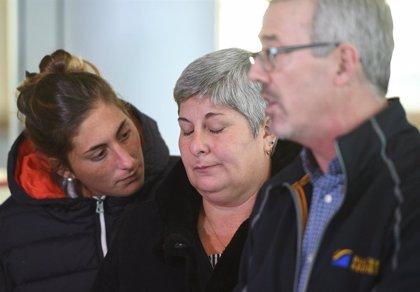 La familia de Emiliano Sala sobrevuela la zona en la que desapareció el avión en el que viajaba el futbolista