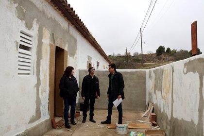 Cardona formarà joves per rehabilitar habitatges de l'antiga colònia minera Arquers.