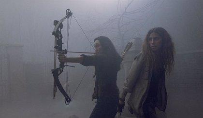 Así arranca el regreso de The Walking Dead: Daryl y Michonne se enfrentan a los Susurradores