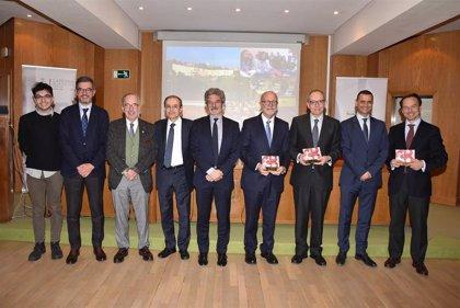 Los Premios de Educación Médica distinguen proyectos de humanismo médico y cooperación internacional