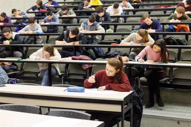 Estudiantes, durante una edición anterior de las pruebas.