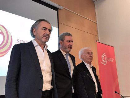"""Bernard-Henri Lévy situa Barcelona """"entre les capitals del populisme"""""""