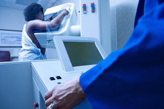 Cáncer de mama, mamografía