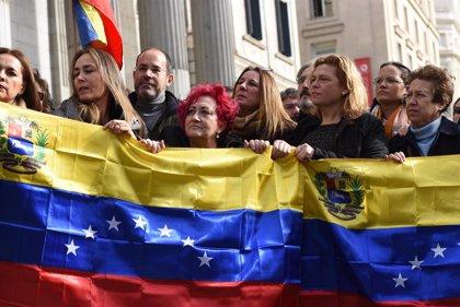 España dará ayuda humanitaria de estancia legal a los venezolanos