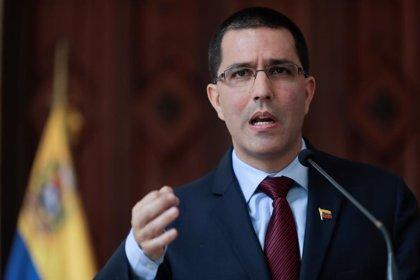 """El Gobierno de Maduro acusa a Sánchez de sumarse al """"golpe de Estado"""""""