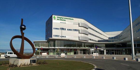 10. El nuevo Hospital Universitario de Cáceres abre sus puertas este miércoles con consultas en cinco especialidades