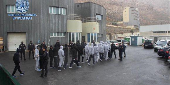10. Sindicatos de Policía alertan de la retirada de 32 agentes en Almería pese al incremento de la inmigración