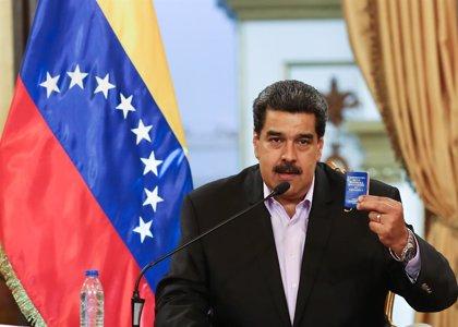 """Maduro confirma que está llegando a Venezuela el equipamiento militar ruso """"más moderno del mundo"""""""