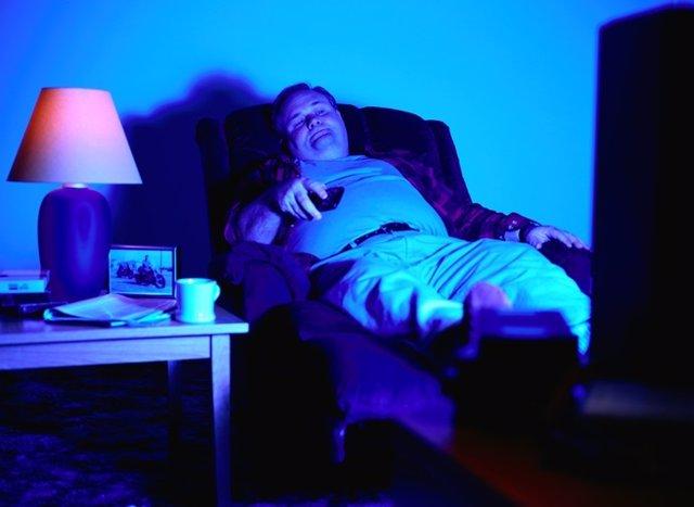 Televisión, sedentarismo, señor