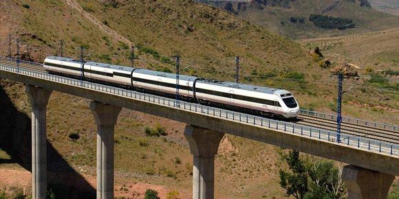 1. El número de usuarios de los trenes Alvia Madrid-Huelva creció un 6,3% durante 2018 y llegan a los 220.700