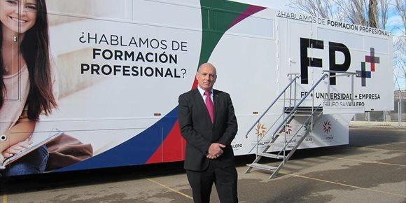 2. Grupo San Valero promoverá su modelo de formación FP++ en el medio rural con su nueva Aula Móvil