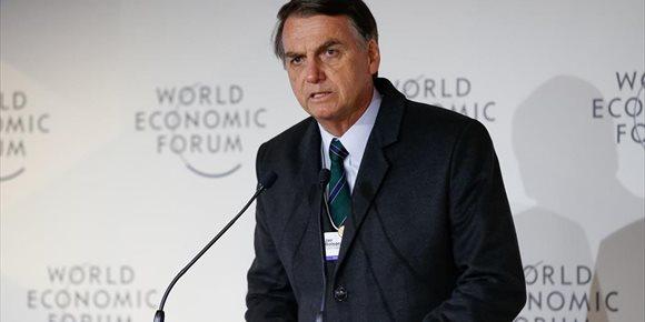 9. Bolsonaro asume de nuevo la Presidencia de Brasil tras la última operación