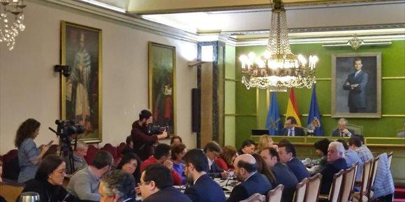 2. El Pleno rechaza la incorporación de la capital asturiana a la formación del Área Metropolitana Central