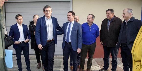 3. Los Planes Provinciales destinan dos millones de euros a mejorar calles y barriadas en Adra y El Ejido (Almería)