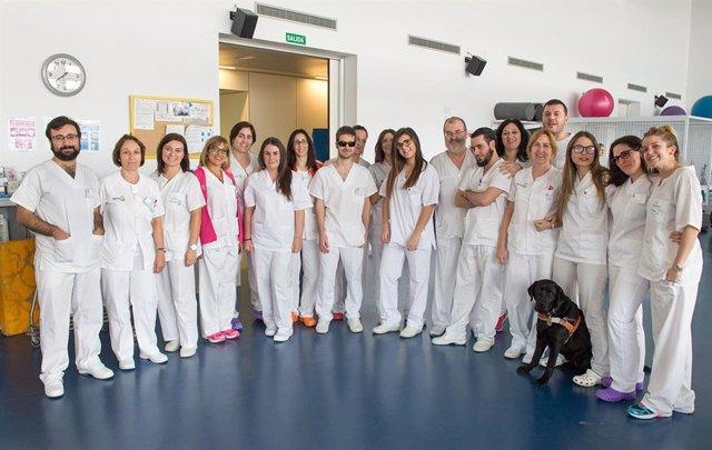 Alumnos de Fisioterapia de la ONCE realizan prácticas en el Hospital de Parapléj