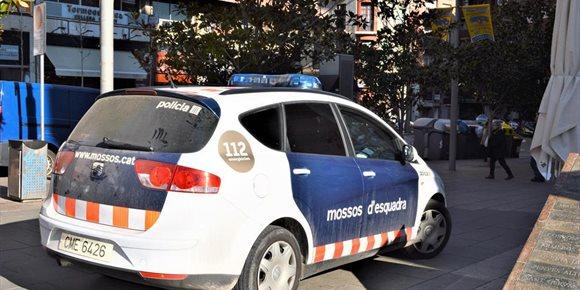 2. Un hombre mata a una mujer y queda herido al arrojarse al vacío en Reus (Tarragona)