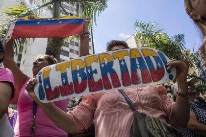 """Colombia pide la liberación """"inmediata"""" de los tres periodistas de la agencia EFE detenidos en Venezuela"""