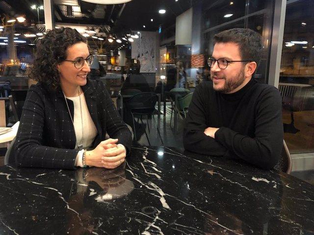 La secretària general d'ERC, Marta Rovira, i el vicepresident de la Generalitat