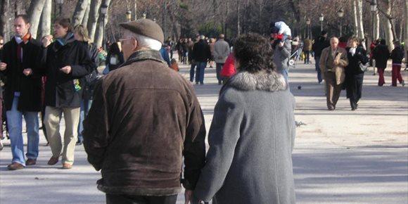 6. La Seguridad Social informa por carta a los pensionistas de la subida de su pensión