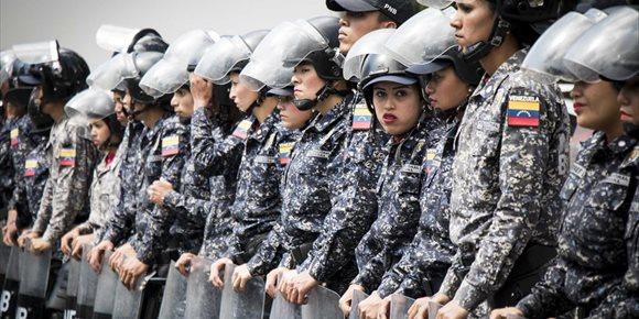 6. Una ONG eleva a 939 els detinguts en les protestes de Veneçuela, amb més de 750 encara davall custòdia