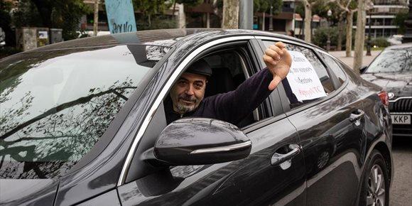 1. Uber y Cabify dejan de operar en Barcelona mañana, ante la entrada en vigor del Decreto del Govern
