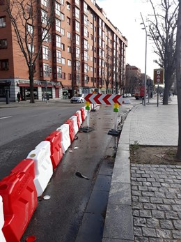 Paseo de las Yeserías cortado por las obras de un nuevo carril bici