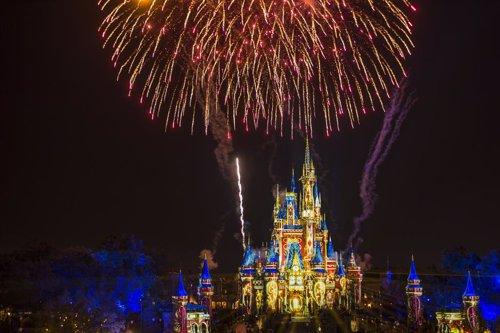 Espectáculo nocturno en Walt Disney World Resort en Florida