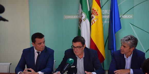 2. El Centro de Educación Permanente Lazareto, de Huelva, acoge el acto provincial del 'Día por la No Violencia y la Paz'