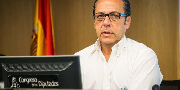 2. 'El Bigotes' asegura al juez que Camps ordenó todos los contratos en la Comunitat Valenciana a la Gürtel