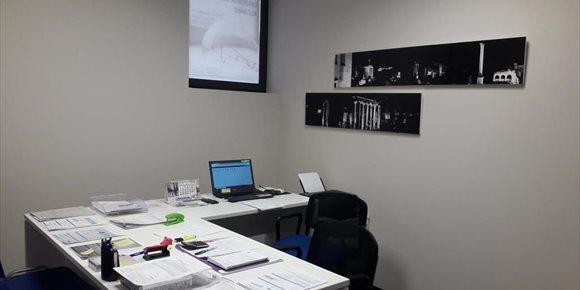 1. El Centro de Emprendedores de Alcañiz ofrece un espacio de coworking a más de doce empresas locales
