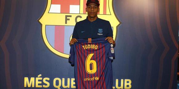 10. El Barça incorpora ya al central Jean-Clair Todibo