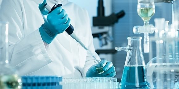 10. Una proteína conocida por combatir los tumores también aumenta el crecimiento del cáncer