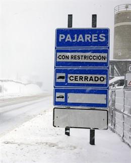 Imagen de temporal, nieve, lluvia, frío, invierno, carretera, quitanieves