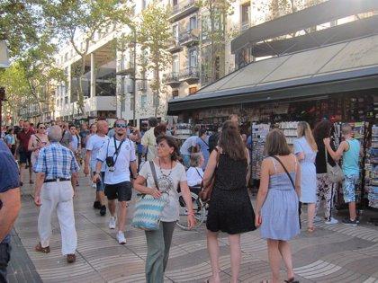 Els turistes estrangers es van gastar a Espanya la xifra rècord de 89.856 milions el 2018, un 3,3% més