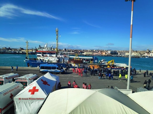 Llegada del 'Sea Watch 3' al puerto de Catania
