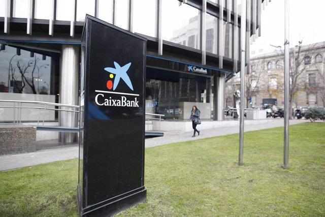 CaixaBank cambia su política de dividendos y hará un único pago en efectivo  en 2019