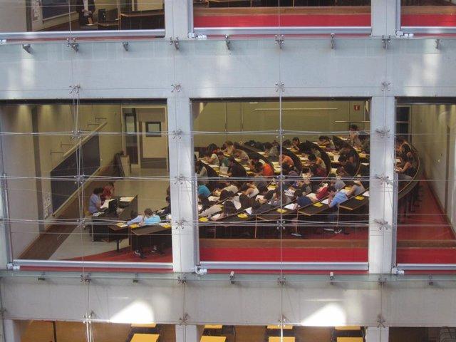 ARXIU/ Examen de Selectivitat a la universitat UPF de Barcelona