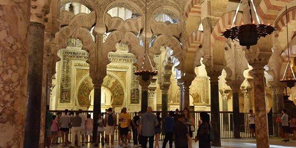 8. La Mezquita de Córdoba vuelve a batir el récord de visitantes con más de 1.950.000