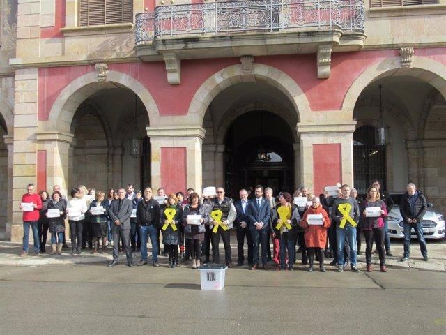 Concentració davant del Parlament pel trasllat dels líders sobiranistes