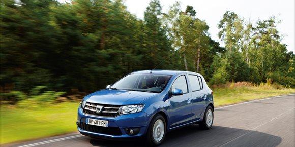 2. Seat, líder del mercado automovilístico español en enero y el Dacia Sandero, el modelo más vendido