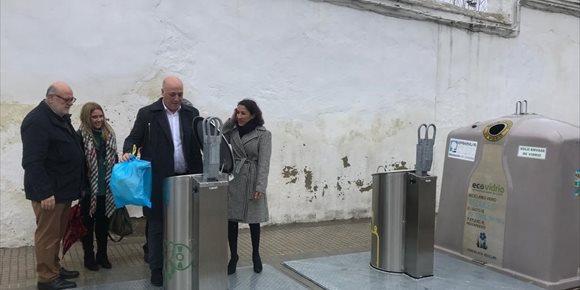 4. Epremasa pone en marcha en Rute (Córdoba) el servicio de recogida de contenedores soterrados